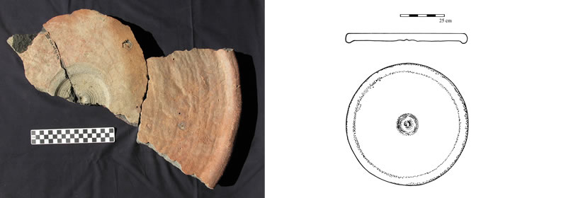 Figure 2 Section (right) and overhead view of the larger of the two potter's wheel disk-heads from Umm Mawagir.